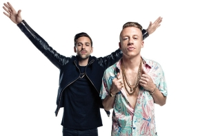billboard-cover-story-macklemore-ryan-lewis-650-430